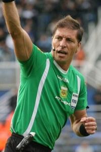 Nestor Pitana